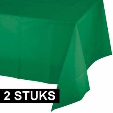 Plastic 2x wegwerp tafelkleed groen 137 x 259 cm