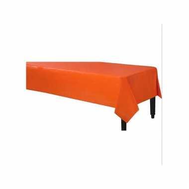 Plastic wegwerp tafelkleed oranje 140 x 240 cm
