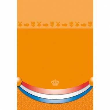Plastic wegwerp tafelkleed oranje 180 x 130 cm